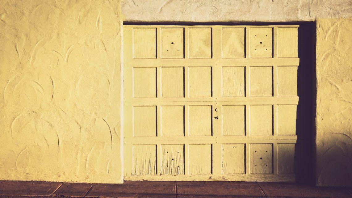 Par qui faire installer une porte automatique de garage à Nice ?