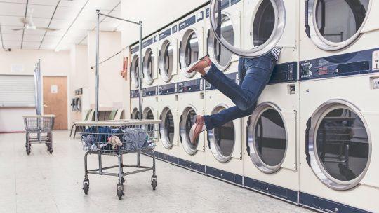 Les avantages et inconvénients d'un sèche-linge