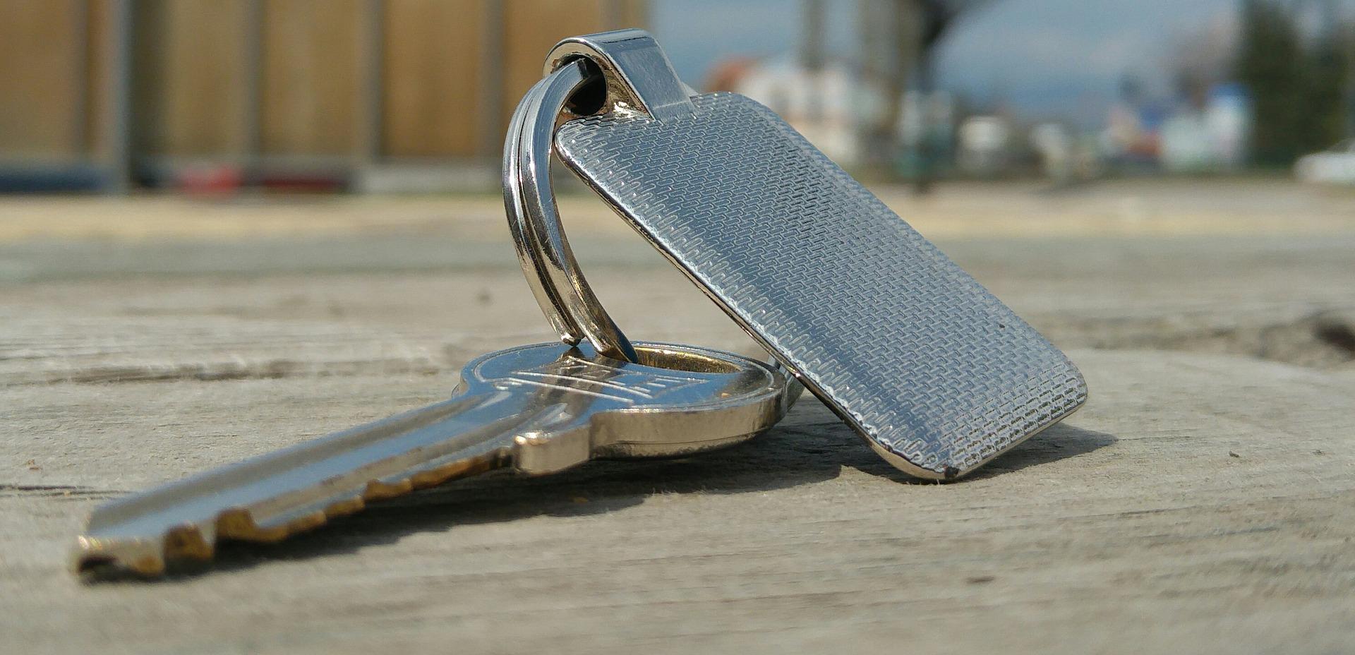 le porte-clé : un cadeau d'entreprise pas cher